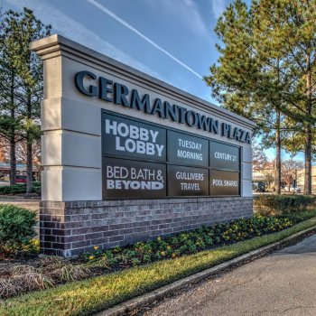 Front sign for Germantown Plaza retail center in Tennessee.